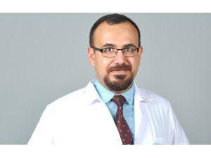 """Dr. Cengiz; """"Sigara Ve Alkolden Uzak Durun, Ömrünüz Uzasın"""""""