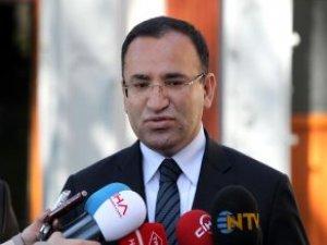 Bakan Bozdağ: AYM'nin Dündar ve Gül ile İlgili Kararları Anayasa İhlali