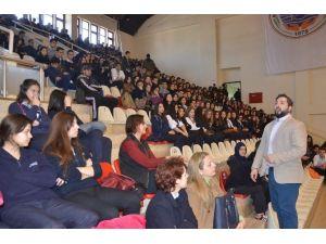 Üniversite Adaylarına Kişisel Gelişim Semineri