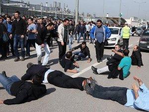 Oyak Renault önünde işçi eylemi