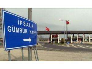 İade edilen ilk 70 kaçak Türkiye'ye giriş yaptı