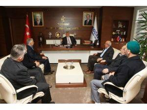 """Başkan Karaosmanoğlu: """"Toplumun Her Kesimiyle Diyalog İçindeyiz"""""""