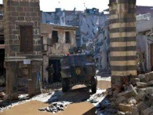 Sur'da Operasyon Son Aşamada! Sık Sık 'Teslim Olun' Çağrısı Yapılıyor