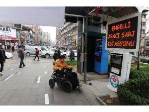 Meydan Parkı'na Engelli Aracı Şarj İstasyonu Kuruldu