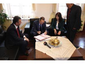Büyükşehir İle Kaymakamlık Protokol İmzaladı