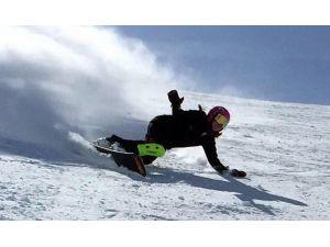 Snowboardda Dünyanın En İyileri İle Yarıştı