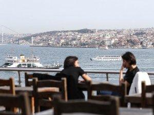 İstanbul serin hava ve sağanağın etkisine giriyor
