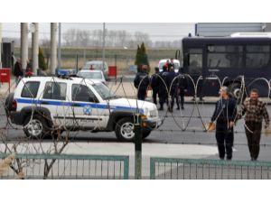 80 kişilik ikinci kaçak grubu daha Türkiye'ye giriş yaptı