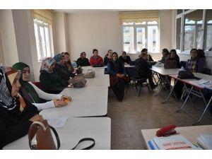 """Sivas'ta """"Keçe Yapımı Ve Aksesuarları Kursu"""" Açıldı"""