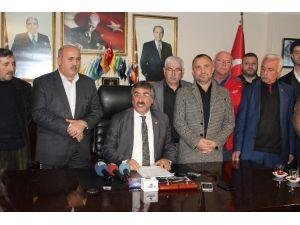 Görevden Alınan MHP Trabzon İl Başkanı Muammer Demeli Basın Toplantısı Düzenledi