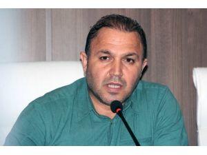 """Adana Demirspor'da Başkandan Hocaya; """"Saygı Duy Ayrıl"""" Çağrısı"""