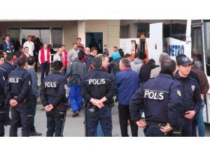 Yunanistan Göçmenleri Türkiye'ye İade Etti