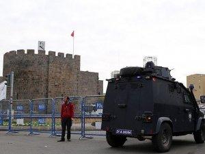 Diyarbakır Valiliği: Sur'a girişler yasaklandı