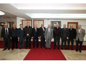 Yeni Federasyondan İlk Ziyaret Başkan Yaşar'a