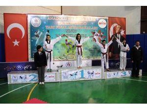 Bartınlı Taekwondocu Türkiye Finalinde