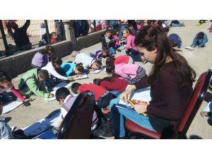 İlkokulda 'Mevsimlik çocuk işçileri' temalı resim yarışması düzenlendi