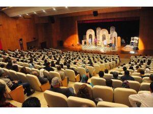 Şehir Tiyatrosu Manavgat'ta İlgi Gördü