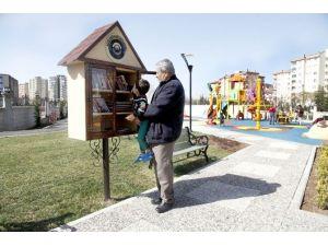 Açık Hava Kütüphaneleri'ne Yoğun İlgi