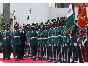 Cumhurbaşkanı Erdoğan Nijerya'da resmi törenle karşılandı