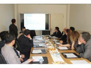 Van'da 'Acil Obstetrik Bakım Sektörler Arası İşbirliği' Toplantısı
