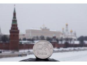Rusya'da kamu çalışanları ne kadar maaş alıyor?