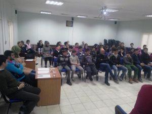 Beyaz Kalpler'de Suriyeli Mülteciler Konuşuldu