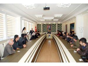 Vali Demirtaş Halk Günü Düzenledi