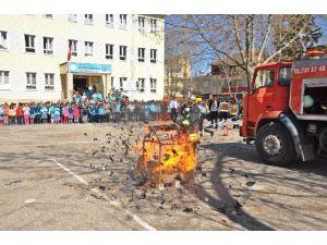 Gölbaşı İlçesinde Okullarda Yangın Tatbikatı Yapılıyor