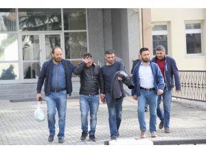 Uyuşturucu ticareti yapan 3 kişi tutuklandı
