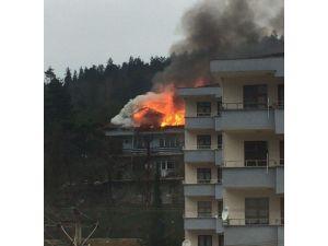Ulus'ta Korkutan Yangın