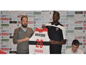 Eskişehir Basket'te Shawn James imzayı attı