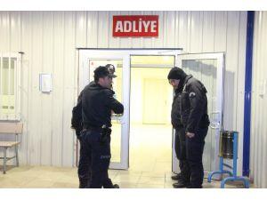 Tosya'da 2 eğitim gönüllüsü tutuklandı