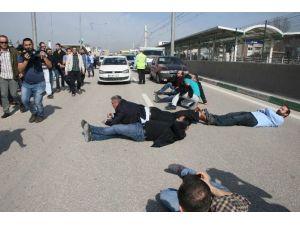 Fabrika Eyleminde Yol Kapatan İşçiler Serbest Bırakıldı