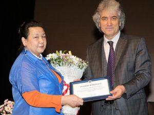 Doç. Dr. Yuguşeva, ARÜ'de Altay İnançlarını Anlattı