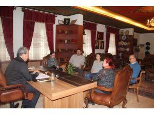 Gazi Üniversitesi Mimarlık Fakültesi Öğretim Üyeleri'nden Ünver'e Ziyaret