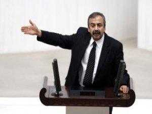 Sırrı Süreyya Önder'in Sözleri CHP ve HDP'lileri Güldürdü