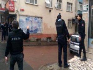 İstanbul'da Kadın Teröristlerin Sıkıştırıldığı Bina Kamerada