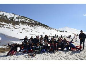 Erzurum'da ''Kardeşliğe Uzanan El'' Projesi