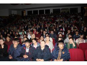 Türk Ve Rus Öğrencilerden Dünyaya 'Barış Ve Kardeşlik' Mesajı