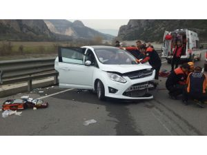 Yeni aldıkları arabayla kaza yapan karı-koca hayatını kaybetti