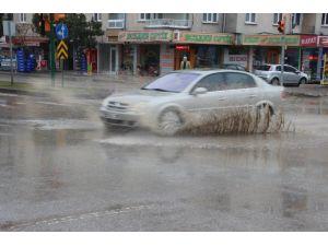 Çankırı'da yağmur etkili oluyor