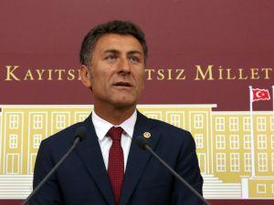 Orhan Sarıbal: Türkiye'de tütüncülük bitme noktasına geldi
