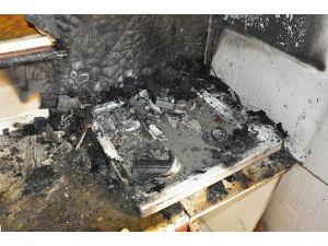 Gürün'de Mutfakta Çıkan Yangın Korkuttu