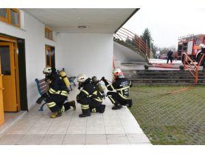 Okulda Yangın Ve Arama Kurtarma Tatbikatı
