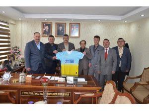 Günyüzü Belediye Gençlik Ve Spor Kulübü Yöneticilerinden Başkan Arayıt'a Ziyaret