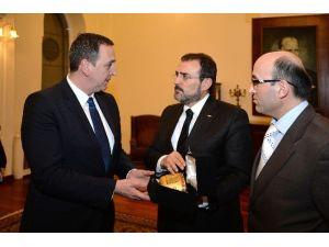 Bakan Ünal, Gürcistan Kültür Ve Anıtları Koruma Bakanı Giorgadze İle Bir Araya Geldi