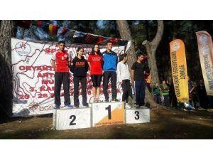 ARÜ'lü Sporcudan Uluslararası Başarı
