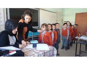 Öğrencilere Ağız Ve Diş Sağlığı Eğitimi