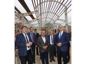 Büyükorhan'a Modern Pazar Yeri