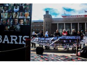 Ankara Tren Garı önünde 'Adalet' eylemi